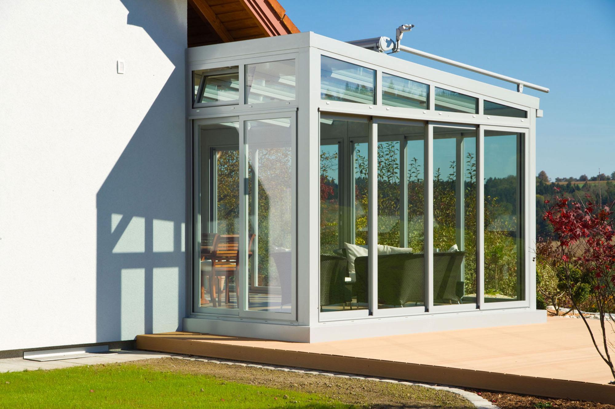 weißer Wintergarten - Classic als Immobilienaufwertung