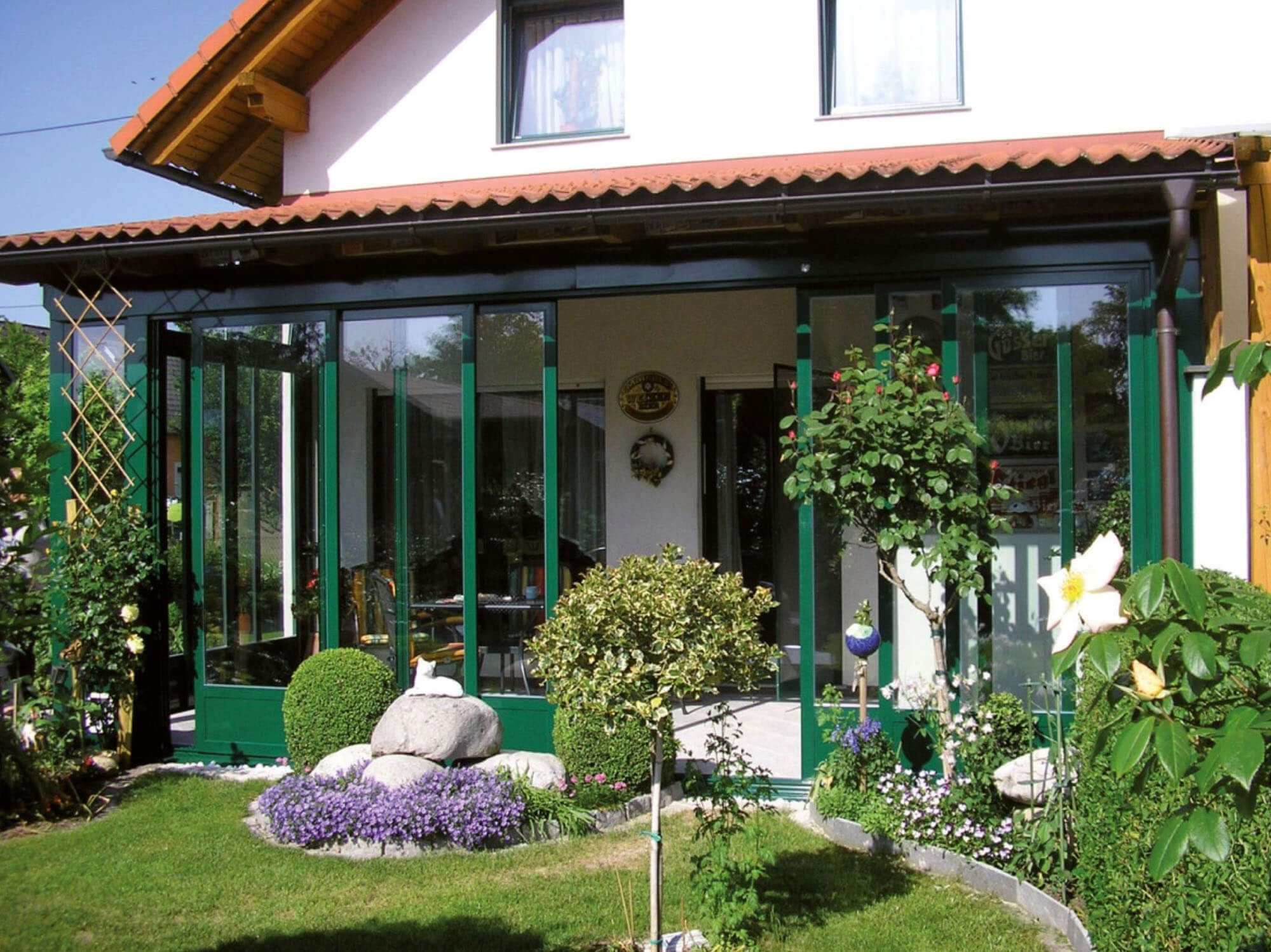 Grüner Wintergarten der Superior Line von Sunhouse Wintergärten